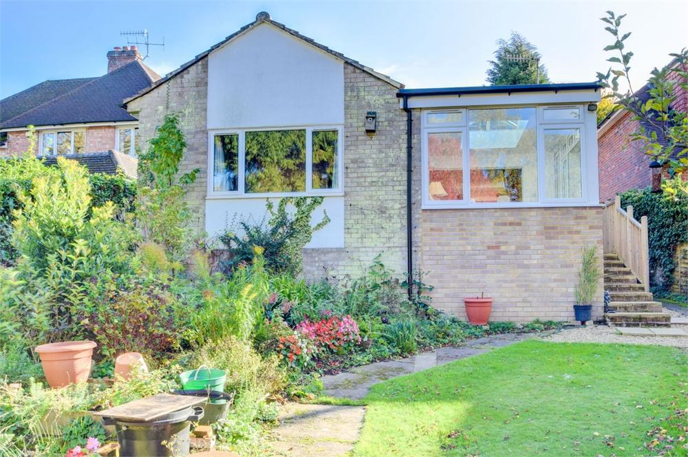 3 Bedrooms Detached Bungalow for sale in Moor Road, Hammer Vale, Haslemere