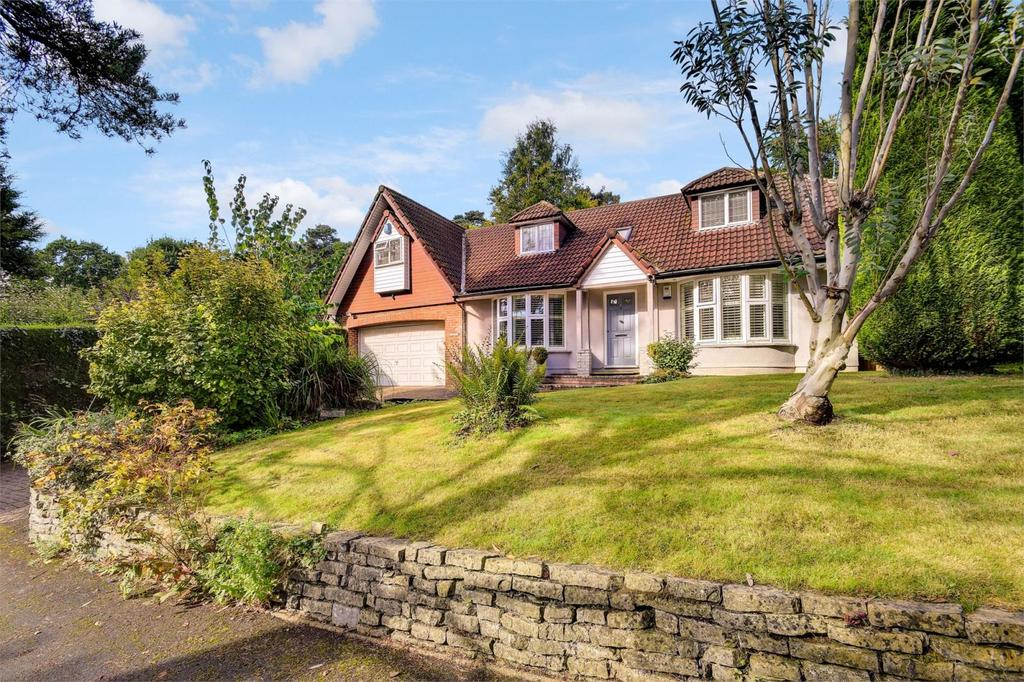 4 Bedrooms Detached House for sale in Beech Hill, Headley Down, Hampshire