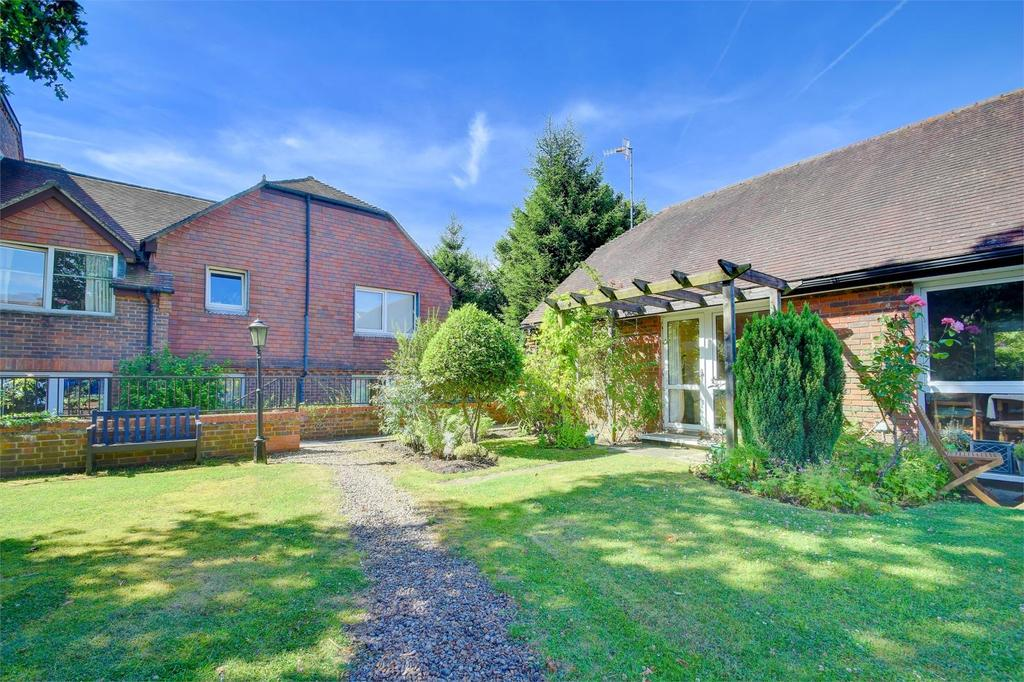 1 Bedroom Semi Detached Bungalow for sale in Redwood Manor, Tanners Lane, Haslemere, Surrey