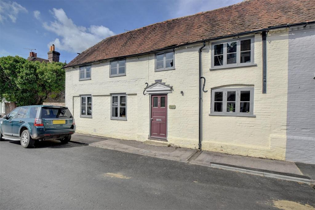 2 Bedrooms Semi Detached House for sale in West Street, Hambledon, Hampshire