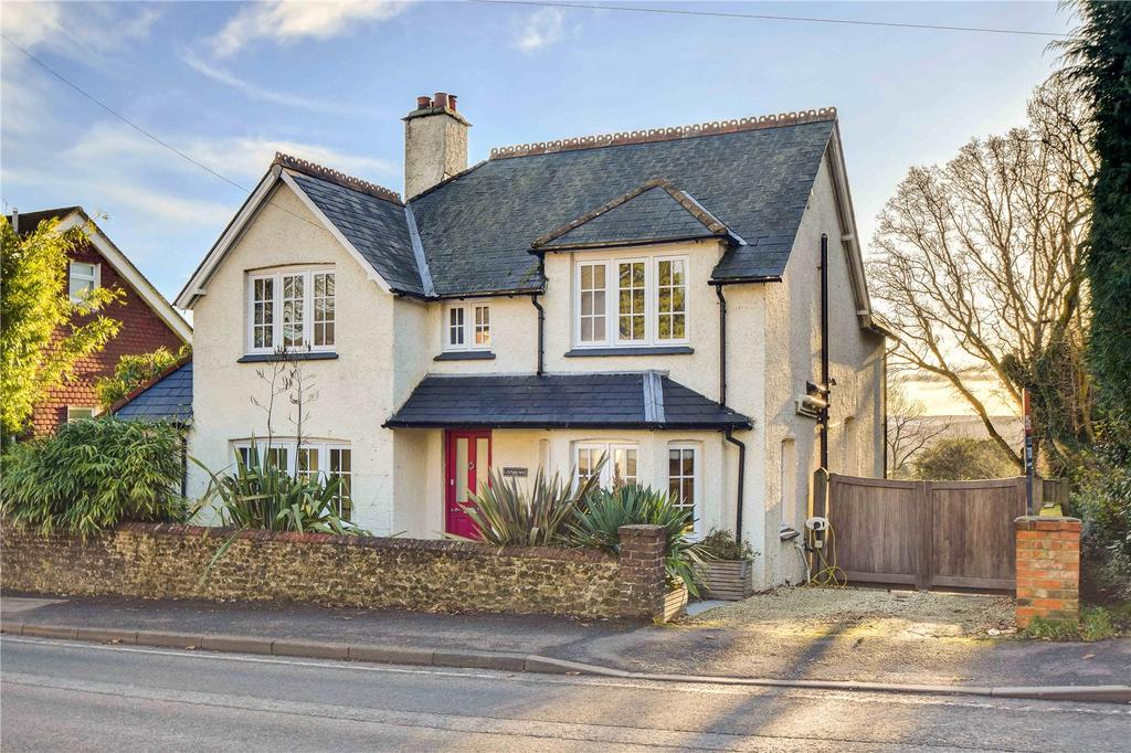 4 Bedrooms Detached House for sale in London Road, Rake, Liss, West Sussex