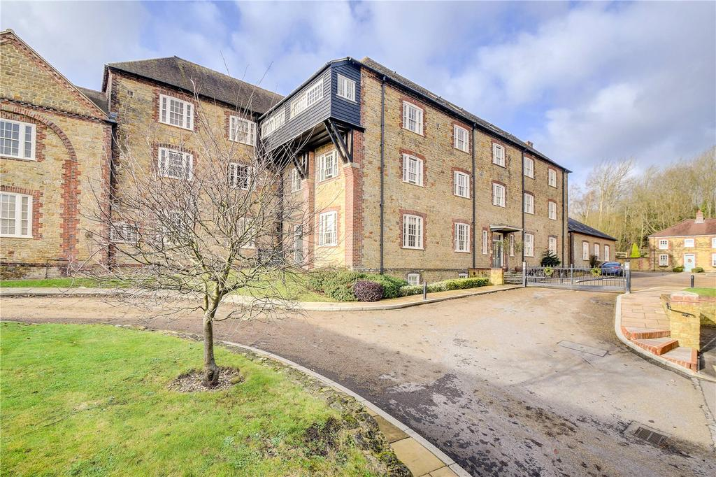 1 Bedroom Flat for sale in Budgenor Lodge, Dodsley Lane, Easebourne, Midhurst