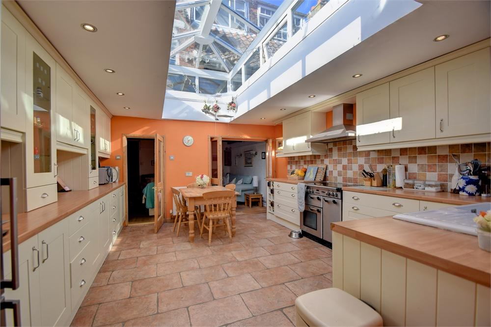 4 Bedrooms Terraced House for sale in Ramsdean Road, Stroud, Petersfield, Hampshire
