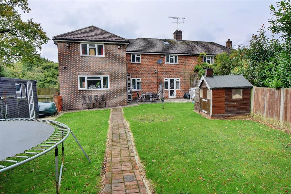 5 Bedrooms Semi Detached House for sale in Nine Acres, Steep Marsh, Petersfield, Hampshire