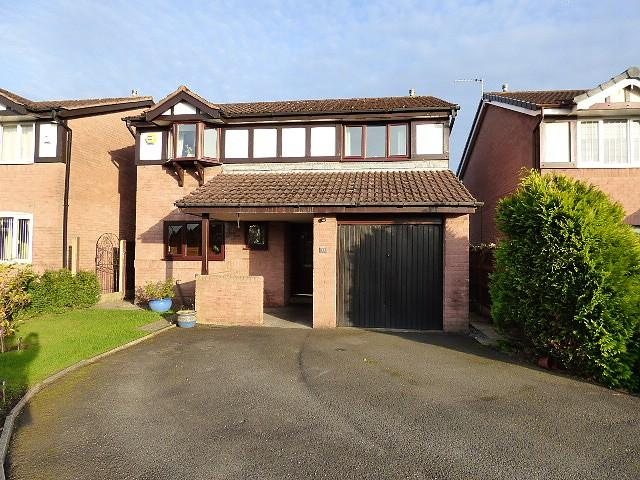 4 Bedrooms Detached House for sale in Weaver Road, Culcheth, Warrington