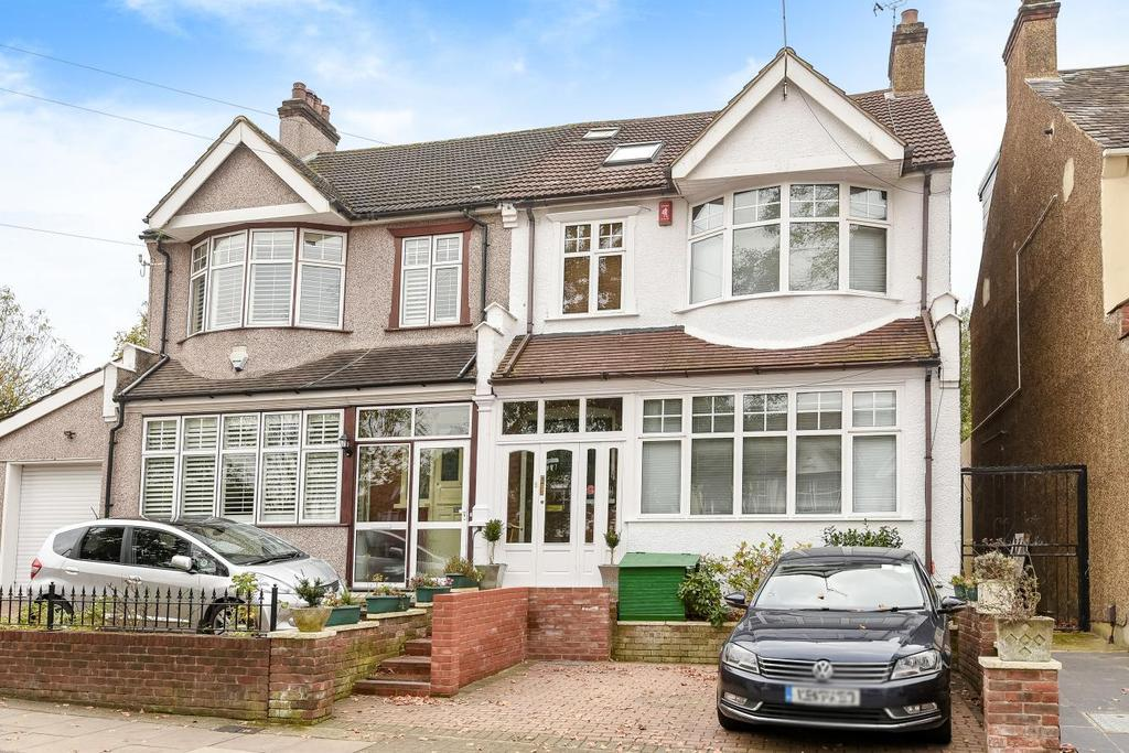 5 Bedrooms Semi Detached House for sale in Palace View, Bromley