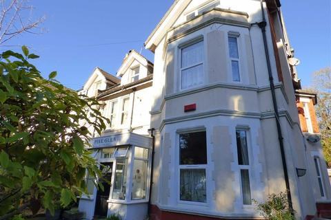 Studio to rent - Spencer Road, Bournemouth, Dorset