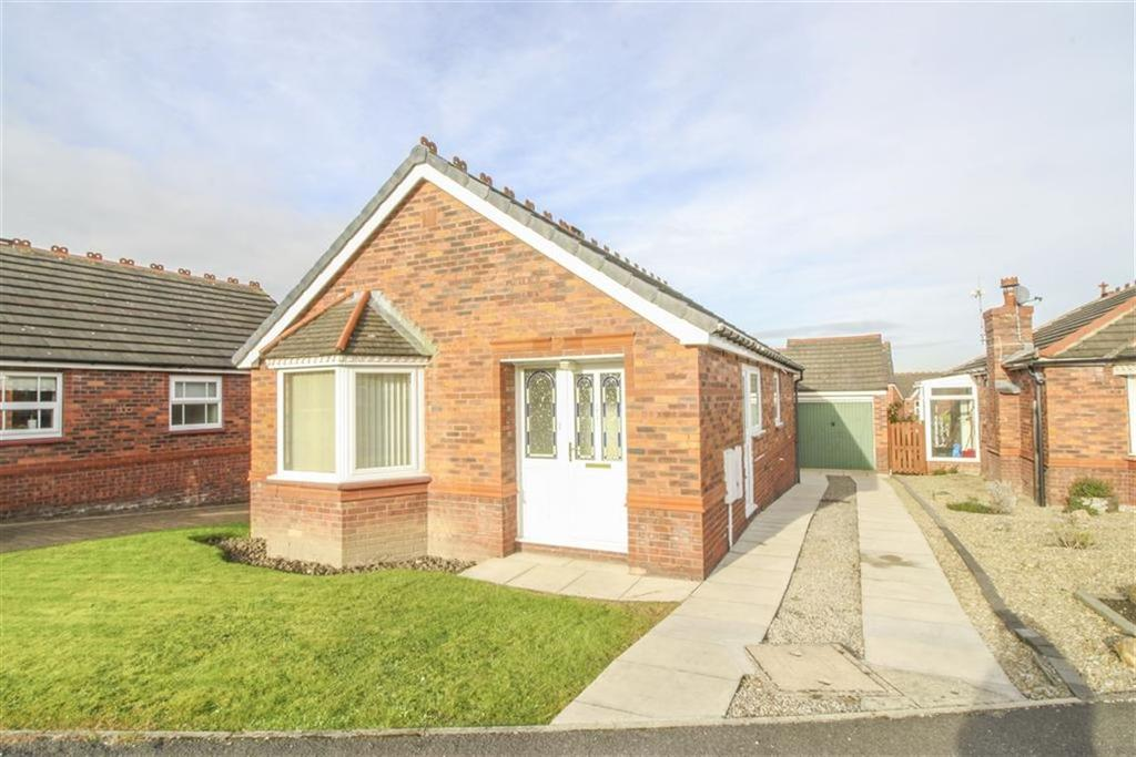 2 Bedrooms Detached Bungalow for sale in Saltergate Drive, Harrogate, North Yorkshire