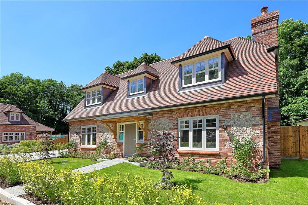4 Bedrooms Residential Development Commercial for sale in Rosemary Lane, Egham, Surrey, TW20