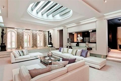 7 bedroom detached house to rent - Brick Street, Mayfair