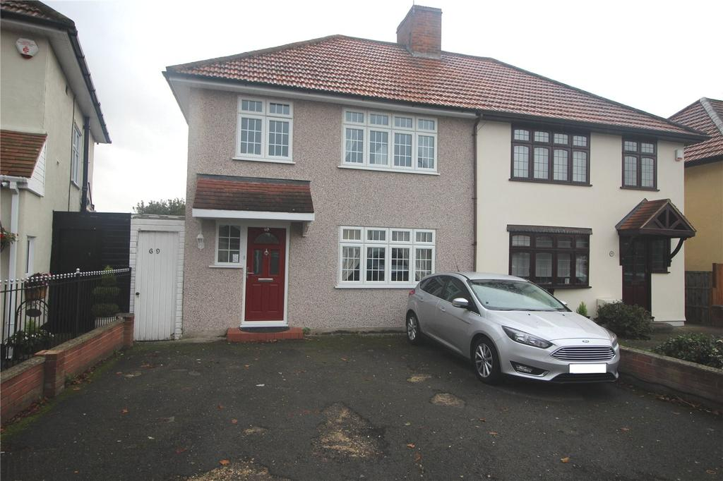 3 Bedrooms Semi Detached House for sale in Redriff Road, Romford, RM7
