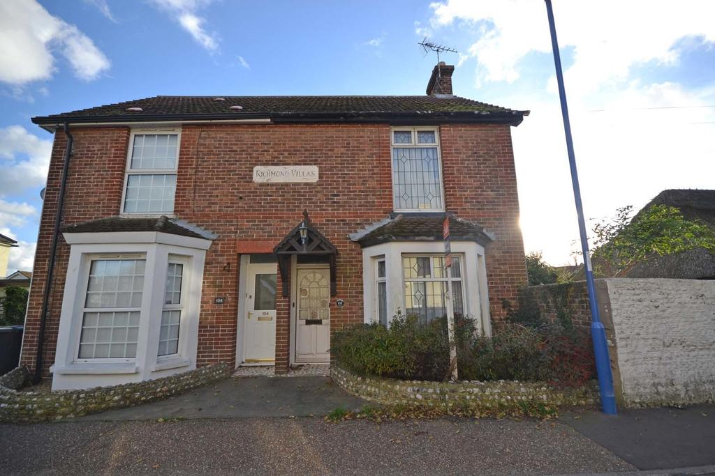 2 Bedrooms Semi Detached House for sale in East Street, Selsey, PO20