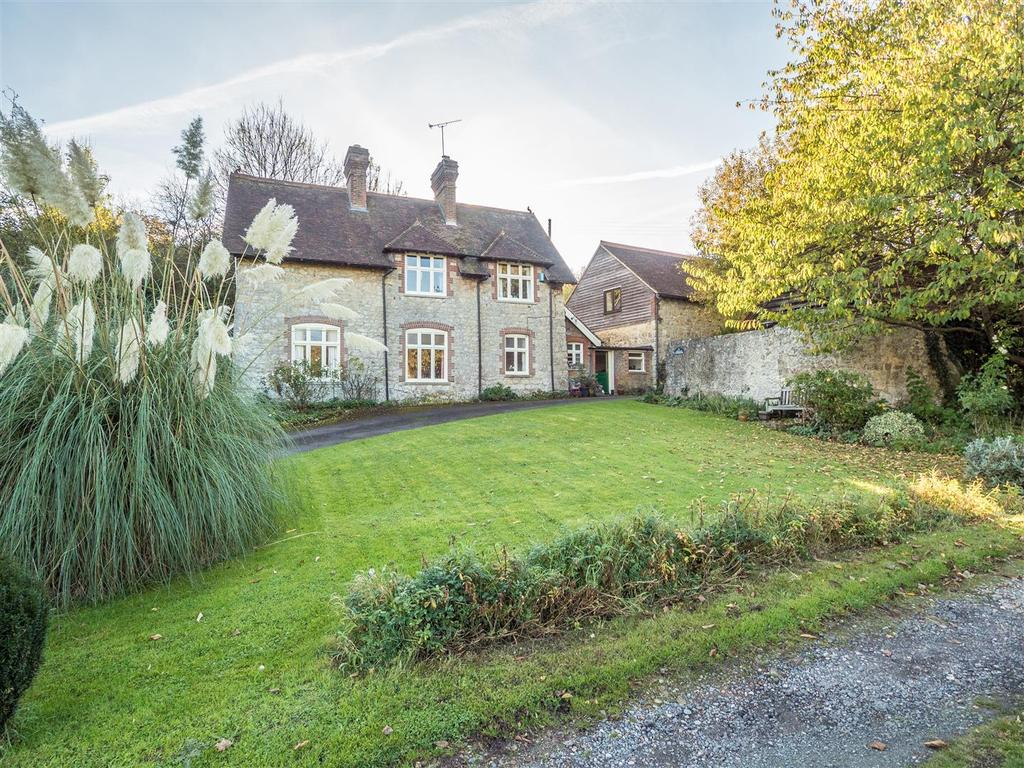 5 Bedrooms Cottage House for sale in Otham Street, Bearsted, Maidstone