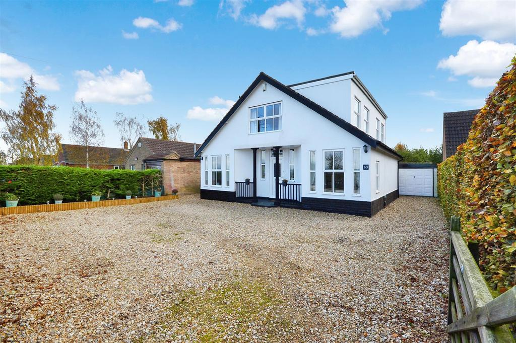 4 Bedrooms Detached House for sale in Hawthorn Road, Reepham, Lincoln