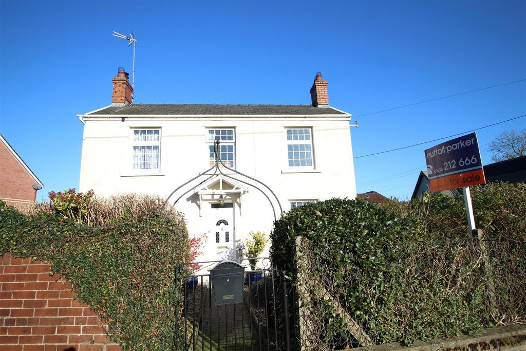 3 Bedrooms Detached House for sale in Stokes Farm, Ponthir, Newport