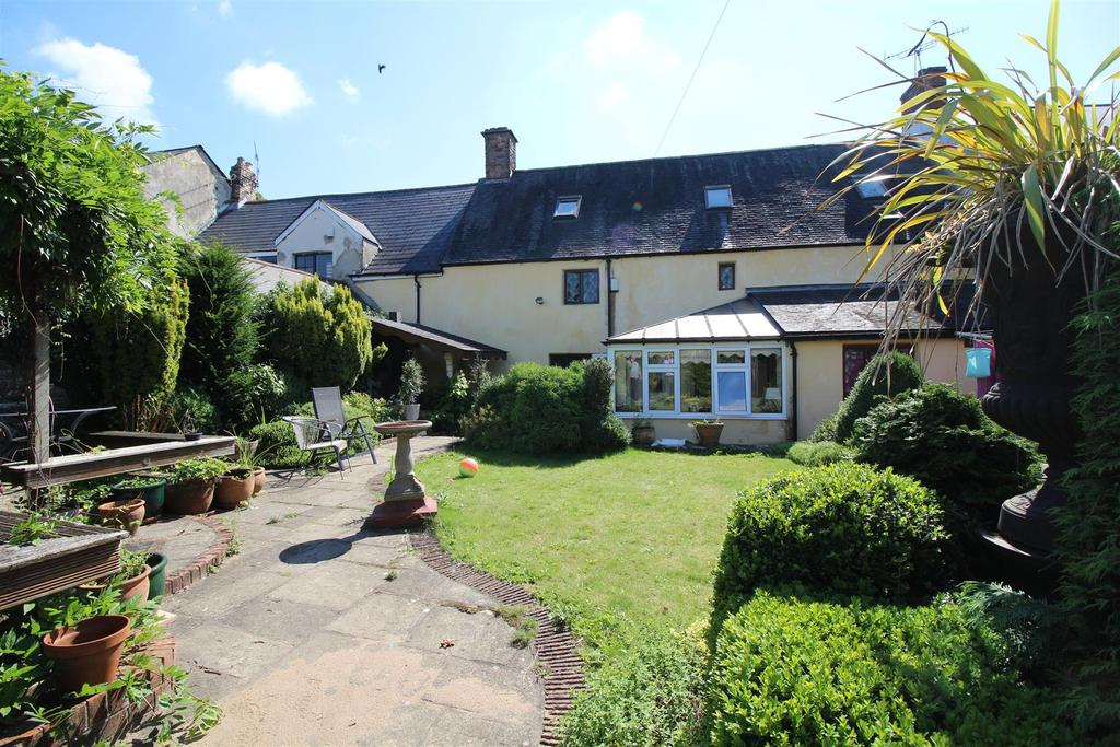 3 Bedrooms Terraced House for sale in Greenway Cottage, Cross Street, Caerleon