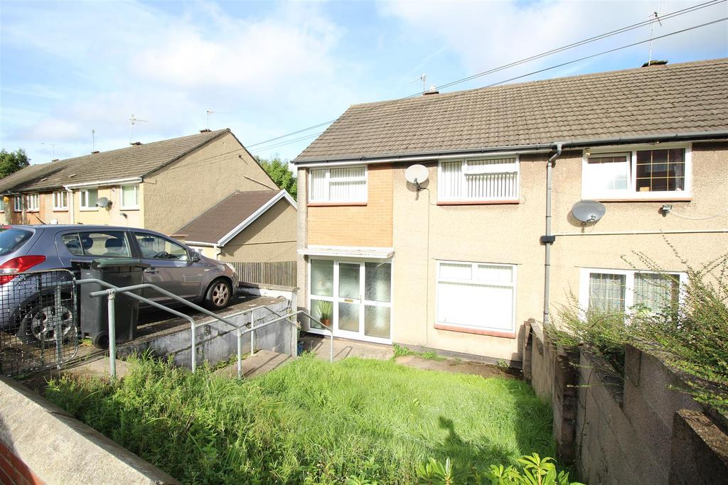 3 Bedrooms Terraced House for sale in Lea Close, Bettws, Newport