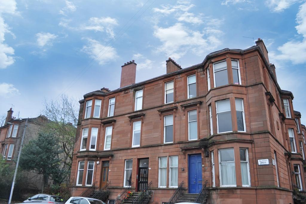 3 Bedrooms Flat for sale in 2/2, 173 Queens Drive, Queens Park, G42 8QY