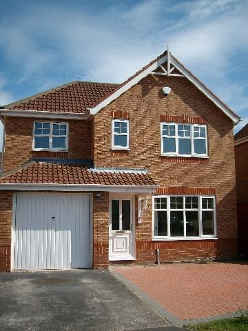 3 Bedrooms Detached House for sale in Caldywood Drive Whiston, Prescot