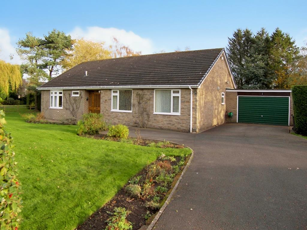3 Bedrooms Detached Bungalow for sale in Field House Close, Hepscott, Morpeth