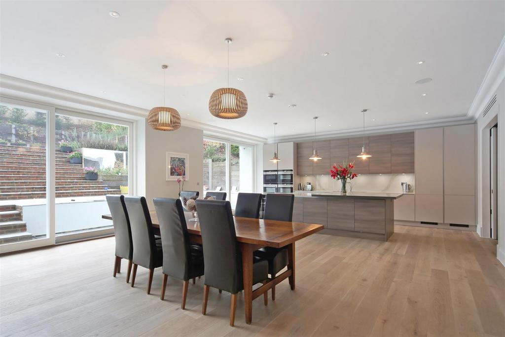 7 Bedrooms House for rent in Deepdale, Wimbledon, London, SW19