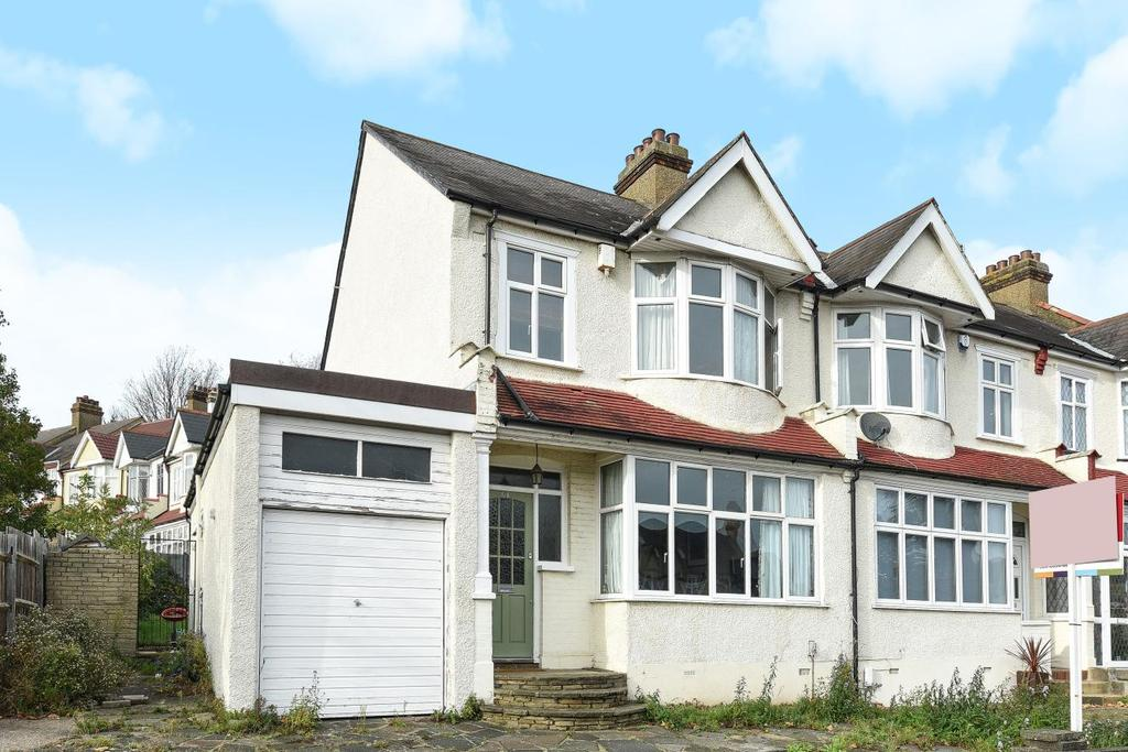 3 Bedrooms End Of Terrace House for sale in Chesham Road, Penge