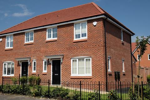 3 bedroom semi-detached house to rent - Blackley, Oldham M9