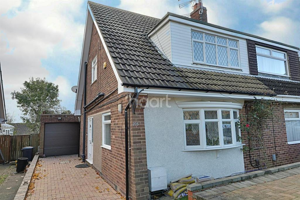3 Bedrooms Semi Detached House for sale in Ryeland Road, Northampton