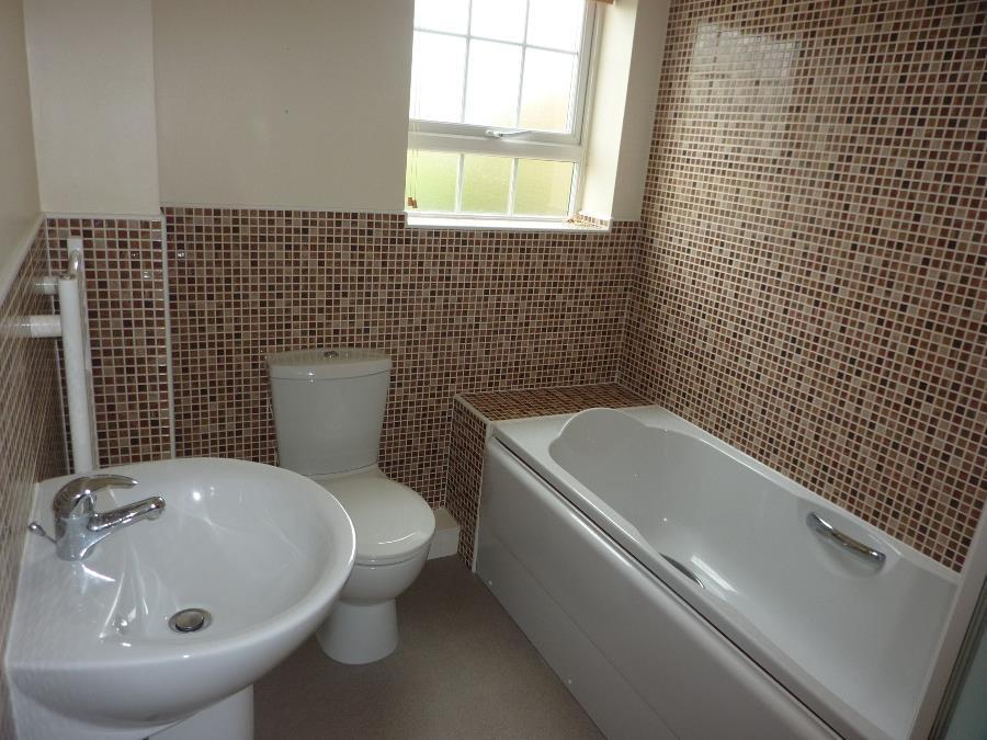 2 Bedrooms Apartment Flat for rent in Allerton Way, Northallerton