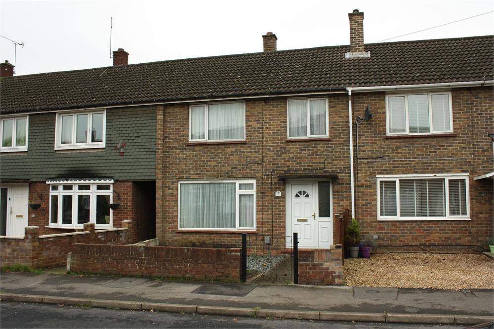 3 Bedrooms Terraced House for sale in Willow Way, ALDERSHOT, Hampshire