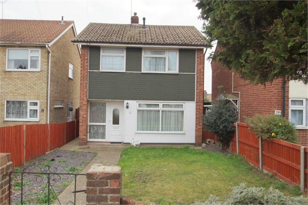 3 Bedrooms Detached House for sale in St Johns Road, Clacton-on-Sea, Essex