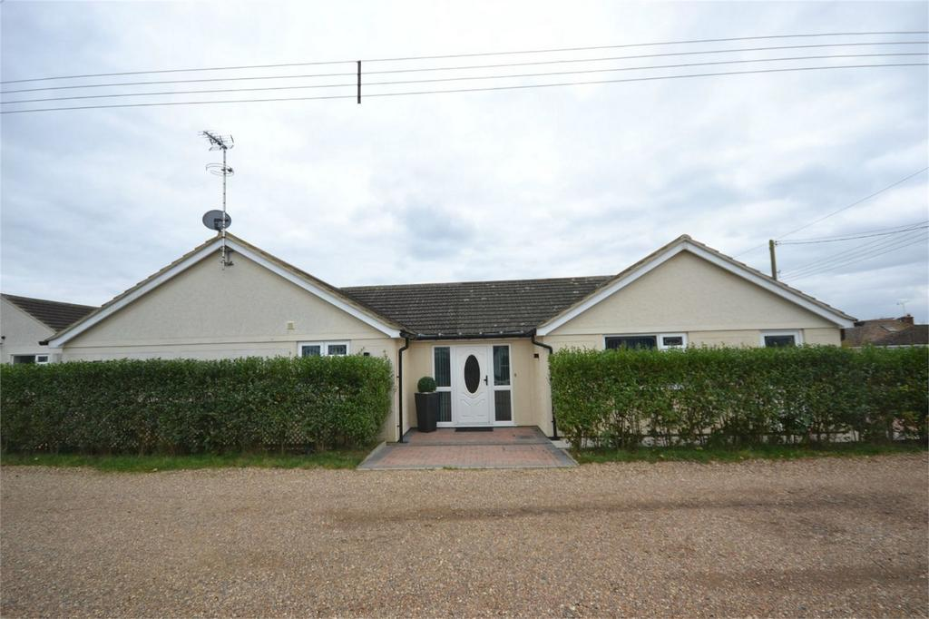 3 Bedrooms Detached Bungalow for sale in Main Road, St Lawrence, Southminster, Essex