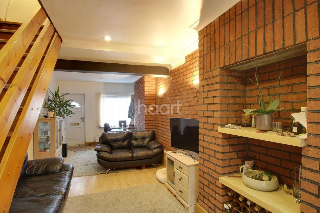 2 Bedrooms Terraced House for sale in Two Bedroom House On Milton Road