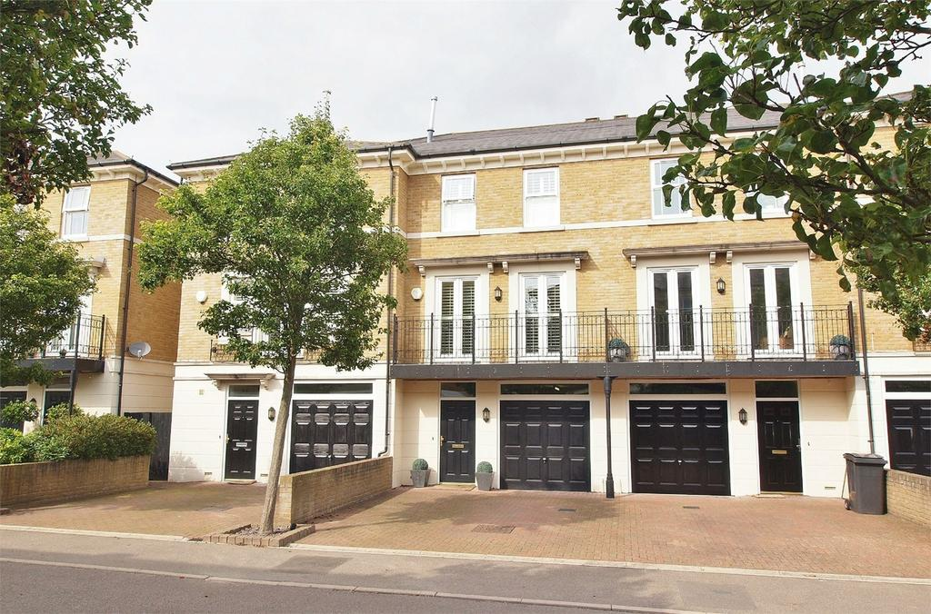 4 Bedrooms Town House for sale in Whitstone Lane, Langley Waterside, Beckenham