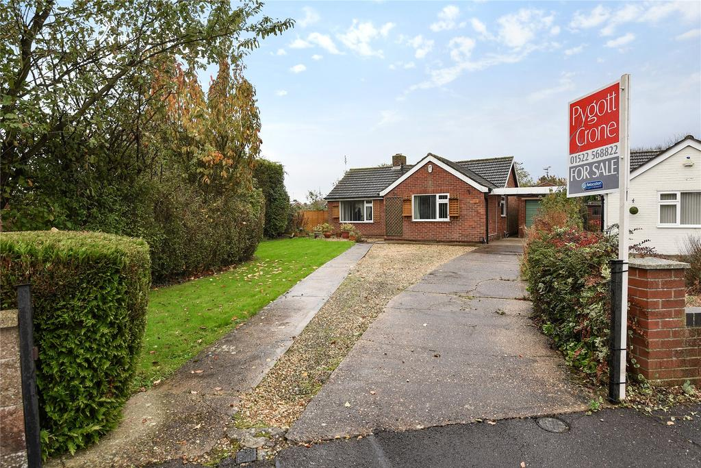 2 Bedrooms Detached Bungalow for sale in St Marks Avenue, Cherry Willingham, LN3