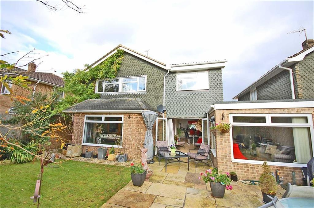 5 Bedrooms Detached House for sale in Chatcombe Close, Charlton Kings, Cheltenham, GL53