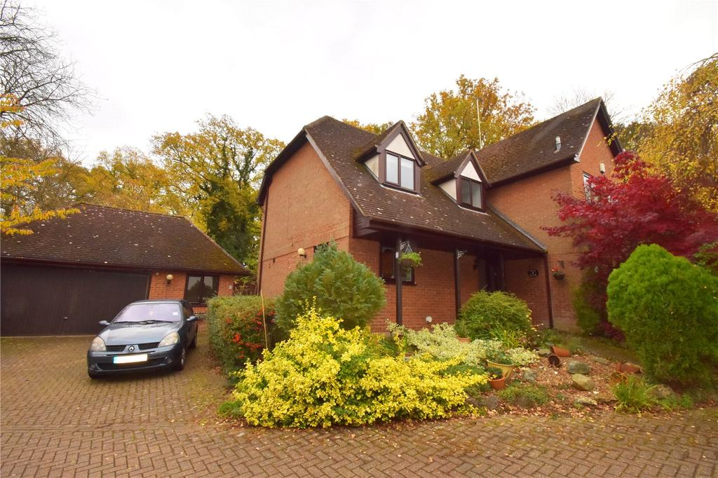 4 Bedrooms Detached House for sale in Beech Bottom, St. Albans, Hertfordshire