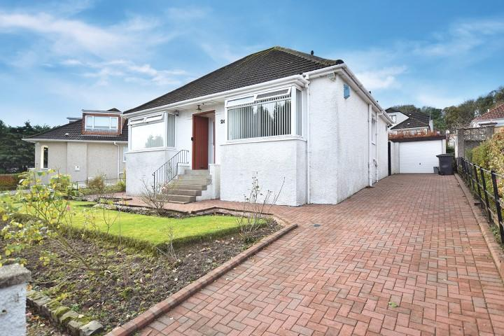3 Bedrooms Detached Bungalow for sale in 26 Bute Crescent, Bearsden, G61 1BS