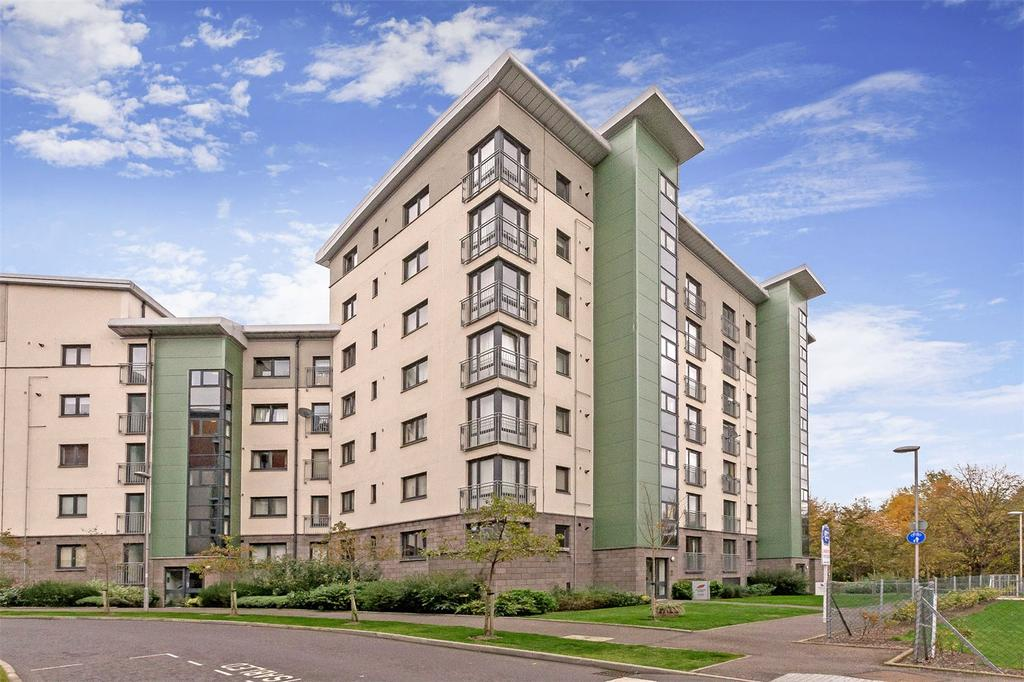 2 Bedrooms Flat for sale in 5/24 Lochend Park View, Edinburgh, EH7