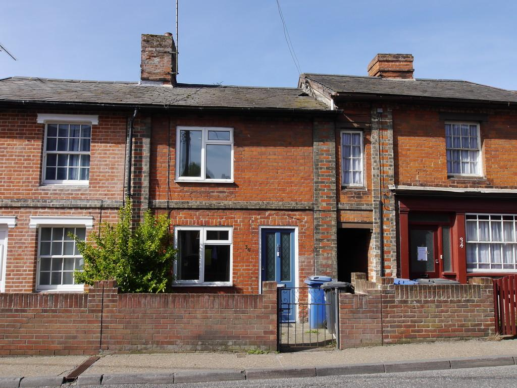 2 Bedrooms Cottage House for sale in 36 Benton Street, Hadleigh, Ipswich, Suffolk, IP7 5AT