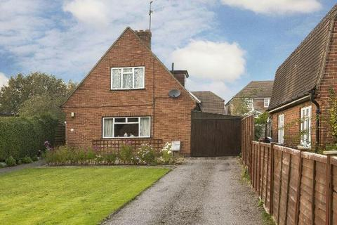 3 bedroom detached house for sale - Woods Road, Caversham, Reading,