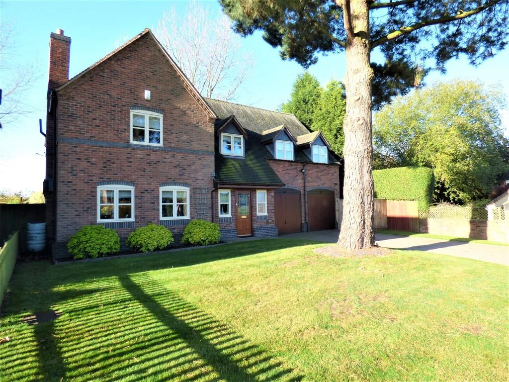 4 Bedrooms Detached House for sale in Lichfield Road, Abbots Bromley, Staffordshire
