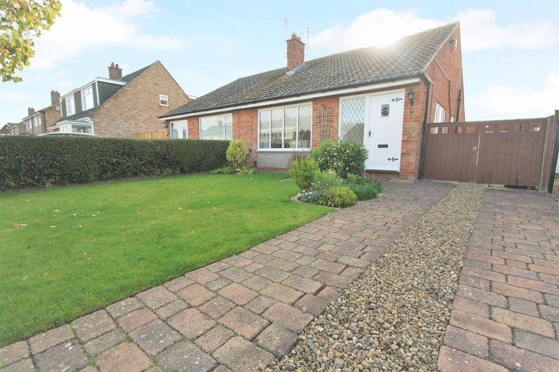 2 Bedrooms Semi Detached Bungalow for sale in Tasman Drive, Hartburn, Stockton, TS18 5LA