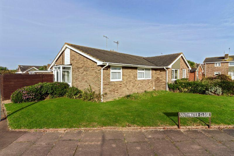 2 Bedrooms Bungalow for sale in Boxgrove, Goring-by-Sea