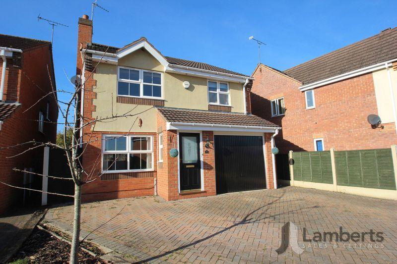 4 Bedrooms Detached House for sale in Shireland Lane, Redditch