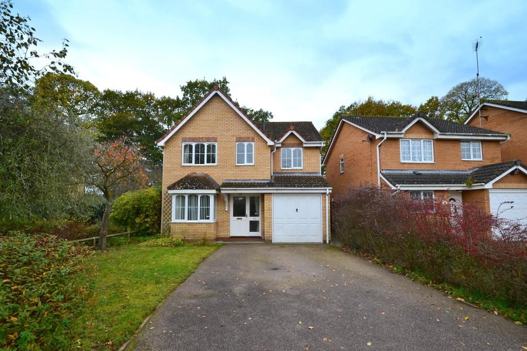 4 Bedrooms Detached House for sale in Monmouth Close, Ipswich, IP2 8RS