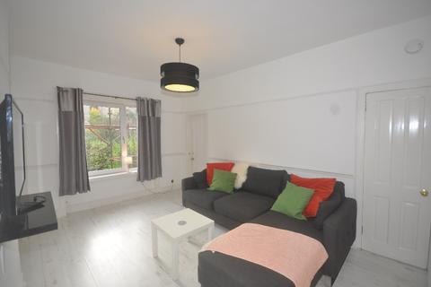 2 bedroom flat to rent - Dorchester Avenue, Flat 1/2, Kelvindale, Glasgow, G12 0EG