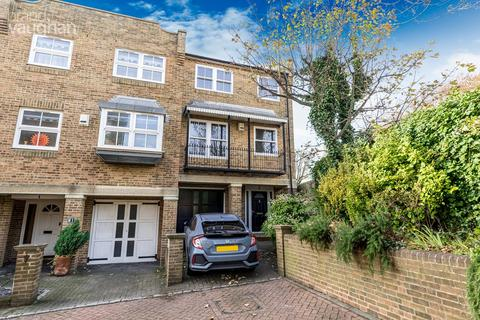 4 bedroom terraced house for sale - St Marys Square, Brighton, BN2