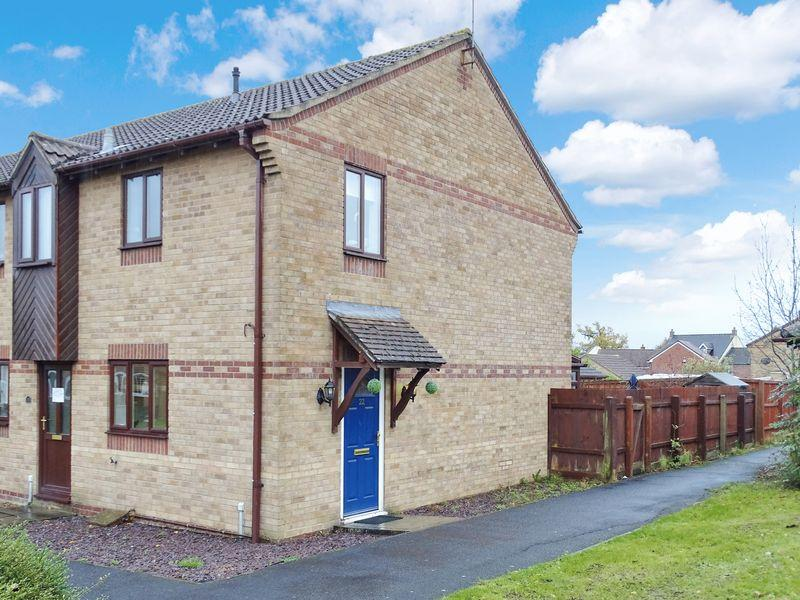 2 Bedrooms Terraced House for sale in Catalina Court, Melksham