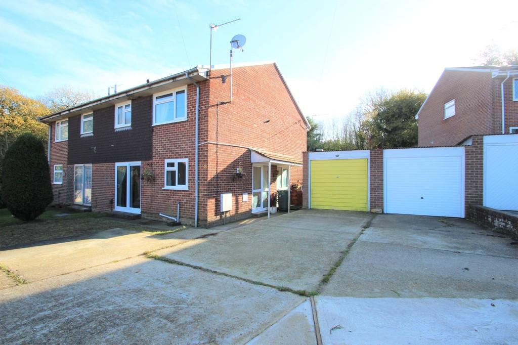 1 Bedroom Terraced House for sale in Dame Anthonys Close, Ryde